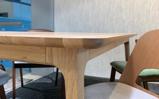 Jedálenský stôl TOKIO - VÝPREDAJ